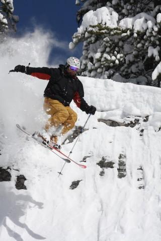 Skiing/Boarding